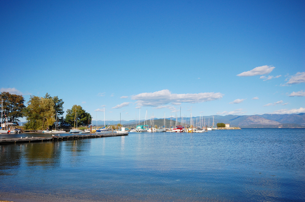 Hotels and other lodging in and near lake pend oreille for Sandpoint lodge